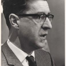 Portret van J.K. van de Briel, raadslid te Heemstede - onbekend
