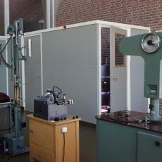 Apparatuur voor het testen van de kwaliteit van garens - Pictura (fotografie), onbekend