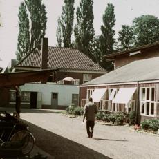 Achterzijde Van Galenhuis te Bergeijk - Pictura (fotografie), onbekend