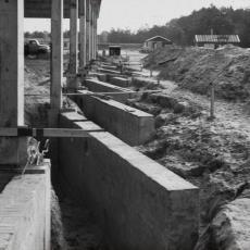 Bouwwerkzaamheden op een bouwterrein - onbekend, Pictura (fotografie)