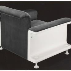 Zij- en achteraanzicht fauteuil sz28 - Dick Hetjes (Bergeijk)