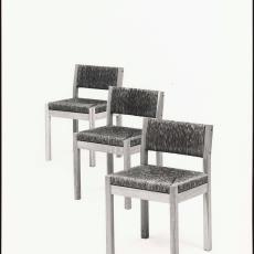 Drie achter elkaar geplaatste se82 stoelen - Paul de Nooijer, Pictura (fotografie)