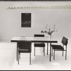 Eetkamertafel te04 met stoelen se01 - Pictura (fotografie), Jan Versnel