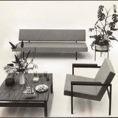 Zithoek ingericht met Spectrum meubelen - Pictura (fotografie), W.A. Meischke