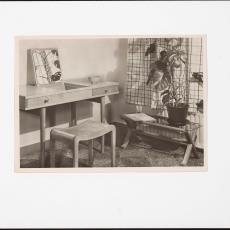 Interieur woonkamer met biezen mat en Spectrum meubelen - onbekend, Pictura (fotografie)