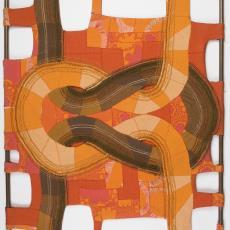 Naaiwerk dat in elkaar slingerende draden symboliseert in verschillende tinten oranje, gespannen rond een metalen raamwerk - Donders, Camiel, Donders, Camiel, Weverij De Ploeg (Bergeijk)
