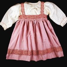 Overgooier en blouse, gebatikt - Ilse Stemmann, Textielmuseum (Frans van Ameijde / Joep Vogels)