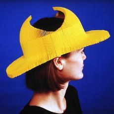 'Topi' (geel) - Textielmuseum (Frans van Ameijde / Joep Vogels), Dirk-Jan Kortschot