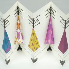 Stalenkaart 'Voorjaarscollectie Ploegstoffen, de Bijenkorf, 1966' - Donders, Camiel, Weverij De Ploeg (Bergeijk)