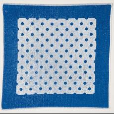 Blauw-witte badstof handdoek met dessin 'Nopje' - Textielmuseum (Josefina Eikenaar), onbekend, Linnenfabrieken E.J.F. van Dissel & Zonen (Eindhoven)
