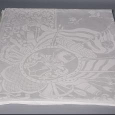 Damasten tafellaken met servetten 'Stadsgezicht op Bremen' - Textielmuseum (Josefina Eikenaar), onbekend, Textielmuseum (Josefina Eikenaar), Textielmuseum