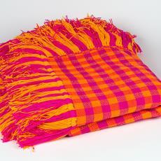 'Handwoven blanket' - Fransje Killaars, Atelier in India, Textielmuseum (Josefina Eikenaar)