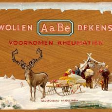 Monsterkist van AaBe met wol in diverse stadia van bewerking - Lange, Tommy de, Koninklijke AaBe Wollenstoffen- en Wollendekenfabrieken (Tilburg), Lange, Tommy de, Lange, Tommy de