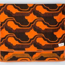 Deken met jaren zeventig patroon - Lange, Tommy de, Lange, Tommy de, Koninklijke AaBe Wollenstoffen- en Wollendekenfabrieken (Tilburg)