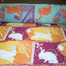 Jacquardweefsel, onderdeel van 'Rabbits First' - Berend Strik, Textielmuseum (Joep Vogels), Textielmuseum (Joep Vogels)