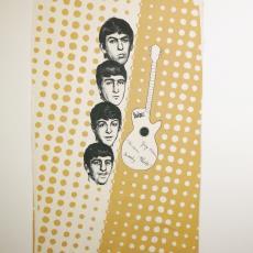 Stof voor 'The Beatles Dress', dessin w 02 - Textielmuseum (registratiefoto), Henny Hoogenboom, Stoomweverij Nijverheid (Enschede)