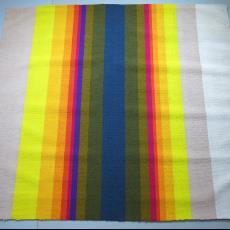 Stalen van vloerbedekking met verticale veelkleurige strepen. - Diek Zweegman, Textielmuseum (registratiefoto), Joost van Roojen, Koninklijke Van Besouw (Goirle)