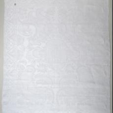 Servetten met bloem- en bladmotieven en keizerskroon - Textielmuseum (registratiefoto), Textielmuseum (registratiefoto), onbekend