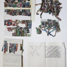 Monstervoorbeelden van textiel op papier + een klein schriftje met monstervoorbeelden met kleur- en patroonbeschrijvingen + een ontwerptekening - Désirée Scholten-van de Rivière, Textielmuseum (registratiefoto)