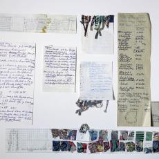 Ontwerp, monstervoorbeelden met kleine strookjes textiel en aantekeningen en beschrijvingen - Textielmuseum (registratiefoto), Désirée Scholten-van de Rivière