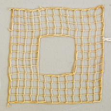 Staal in filetknoopwerk 'Gesloten rand (oneven aantal)' - G. Oldeman, Textielmuseum (registratiefoto)
