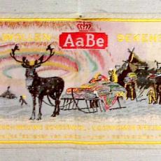 Textieletiket AaBe wollen dekens - Koninklijke AaBe Wollenstoffen- en Wollendekenfabrieken (Tilburg), Van Engelen & Evers (Heeze), Textielmuseum (registratiefoto)