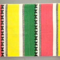 Badhanddoek 'Nicolientje' met ruitjes en strepen - Michaël Snel, Nico ter Kuile, Textielmuseum (registratiefoto)