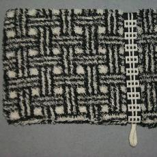 Washand 'Raster' - Textielmuseum (registratiefoto), Mariëtte Wolbert, Elias Jorzolino (Neede)