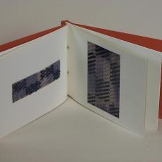 Voorstudies voor meubelstof en gordijnstof - Anne Mieke Kooper, Textielmuseum (registratiefoto)
