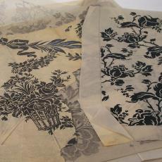 Ontwerptekeningen voor trijp van bloem met steel en blad. - Textielmuseum (registratiefoto), Eindhovensche Trijpfabrieken Schellens & Marto