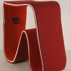 'Rode vilten kruk' - Hella Jongerius, Textielmuseum (registratiefoto), Textielmuseum (registratiefoto), Cappellini (Italië)