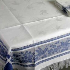 Servet met blauwe rand met vogels - Textielmuseum (registratiefoto), onbekend