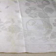 Staal tafellaken met hoorn des overvloeds - Textielmuseum (registratiefoto), Linnenfabriek Wed. J. van Nuenen & Zoon (Zeelst / Meerveldhoven)