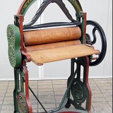 Mangel voor linnen stoffen - Textielmuseum (registratiefoto), Textielmuseum (registratiefoto), C. Wassenaar, Textielmuseum (registratiefoto), Textielmuseum (registratiefoto), Textielmuseum (registratiefoto)