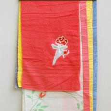 Stalenbundel 'Cheeky Rose' uit de collectie Caro Carat - Sand Studio (Amsterdam), Textielmuseum (registratiefoto), Annet Haak, Liset van der Scheer, Ten Cate Interior B.V (Almelo)