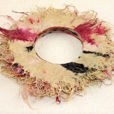 Armband - Marjorie Jacobs, Textielmuseum (registratiefoto)