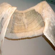 'ZT (Zwanenvleugels)' - kunstenaar, Alet Pilon, Textielmuseum (registratiefoto), kunstenaar