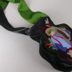 Handtas 'Maria in de buik' uit de serie 'Stop Bleeding' - Textielmuseum (registratiefoto), Diane Schouten, Textielmuseum (registratiefoto), Marc Mulders, Nederlands Textielmuseum